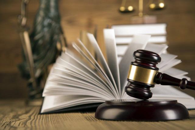 للاطلاع : مستجدات وملاحظات قانونية خاصة بالموظفين