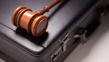 بحث قانوني عن العقد الإلكتروني فى القانون الدولي الخاص